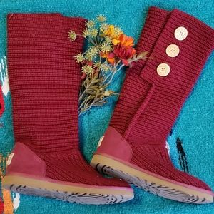 UGG cardi boots, Sangria colored